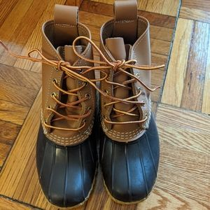 LL Bean 6-inch Duck Boots - 6 Wide Fits like 7